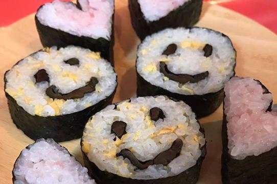 飾り巻き寿司 夏休み企画 親子レッスン『ニコちゃん&ハート』comakitchen こまきっちん