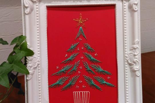 紙刺繍で作るストリングアートのクリスマスカード